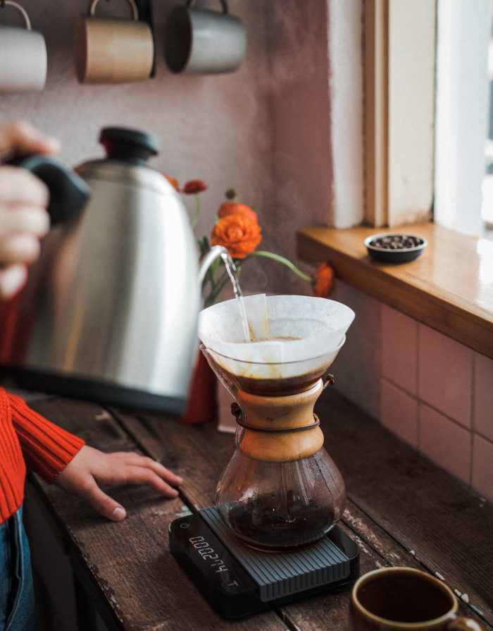 pour over filter brewing